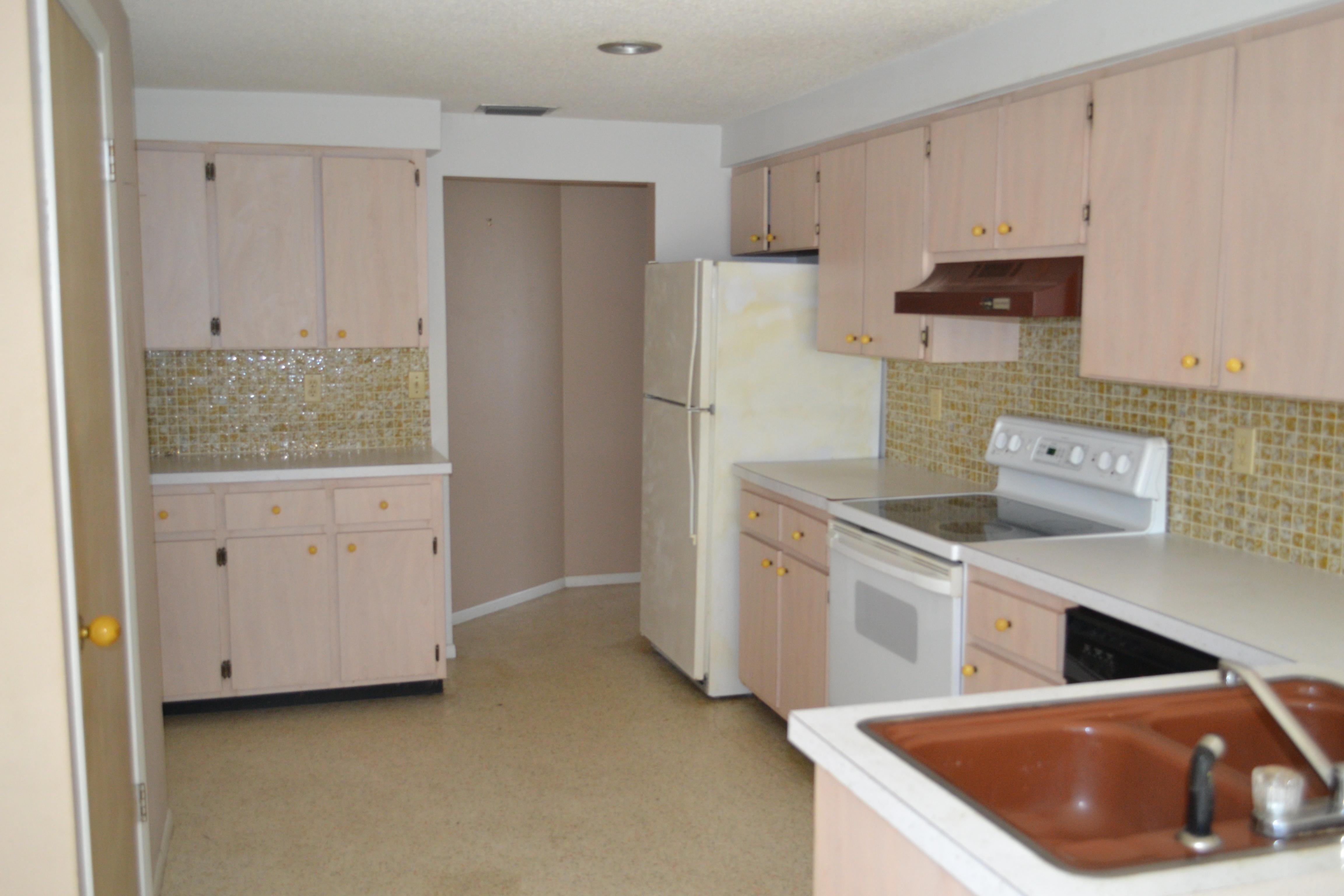 DSC_0107 - West Coast Property