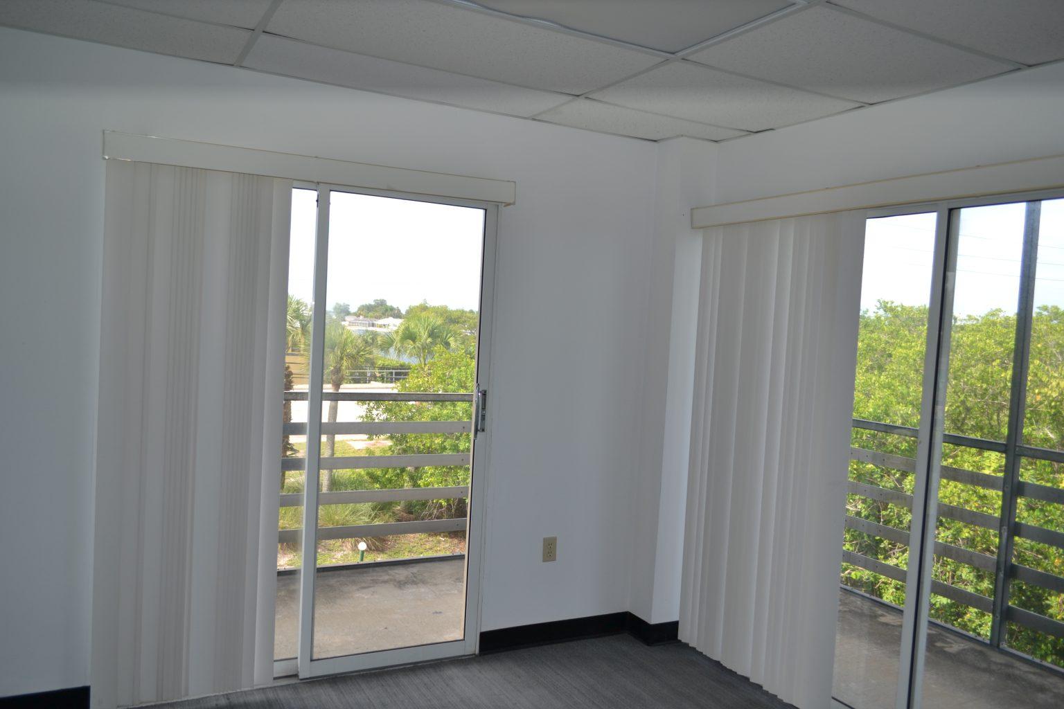 DSC_0840 - West Coast Property